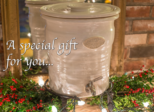 Christmas Card Water Crock